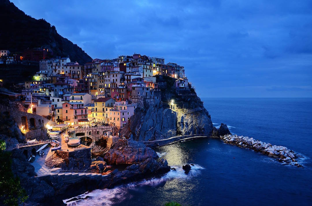 bucket list travel destinations, Cinque Terre, Italy