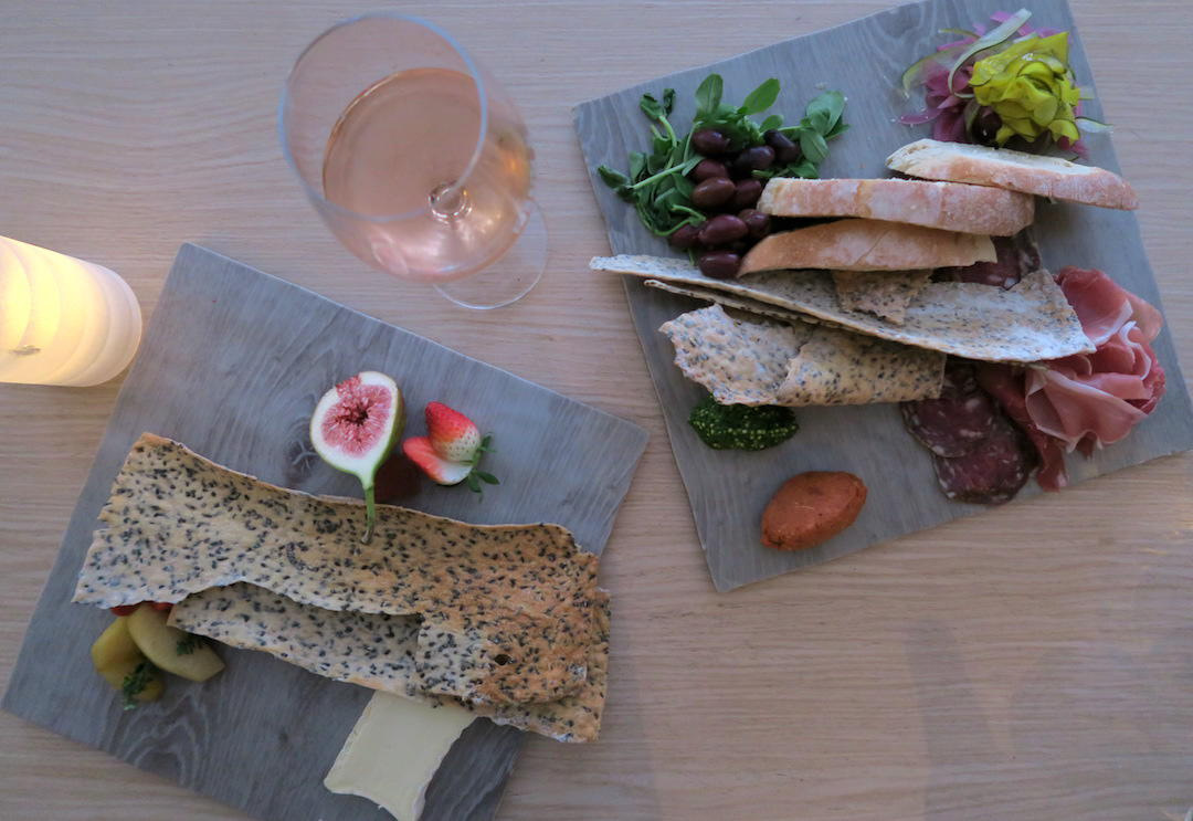cheese-board-bistro-c-noosa-queensland