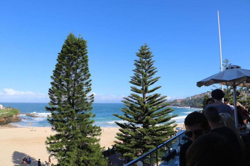 Balcony bar ocean views coogee pavilion sydney eat for The balcony bar sydney
