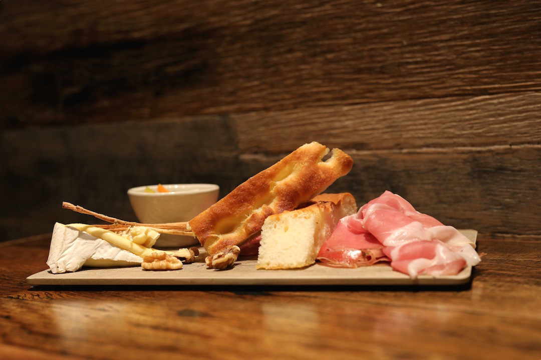 Charcuterie and cheese board, Vizio Caffe e Cucina, William Street, Woolloomooloo, Sydney