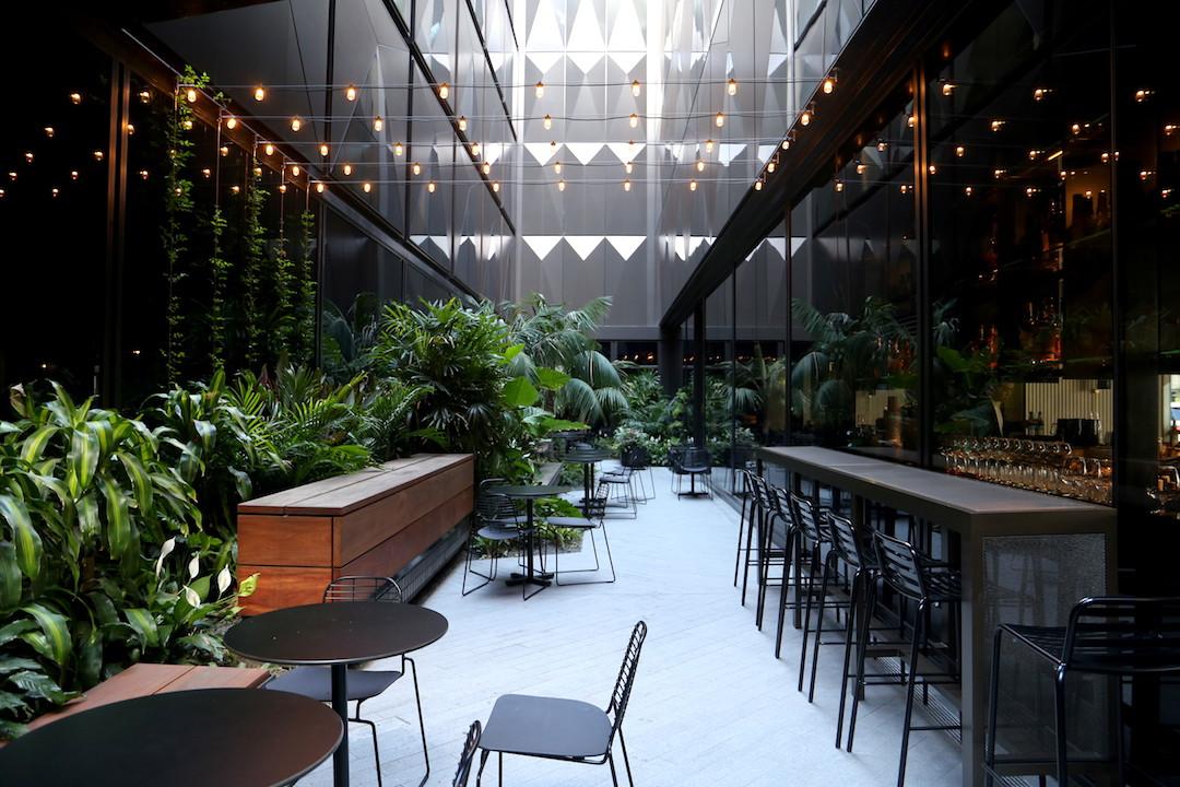 Hotel review west hotel sydney its summer botanical for Design hotel jewel