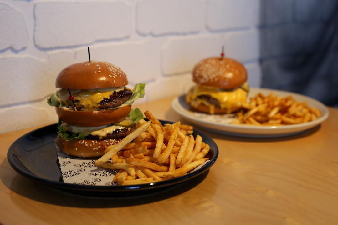 Burgers, Cheatday Sydney, Peakhurst, Sydney